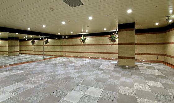 ホットヨガスタジオ 美温 高尾店の画像